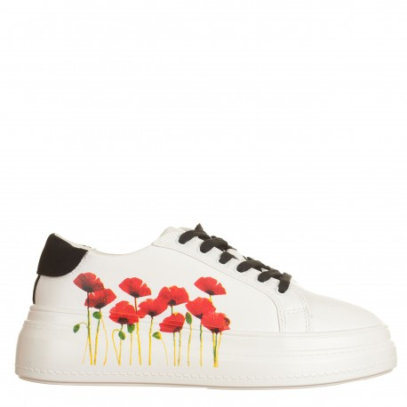Sneakers con papaveri