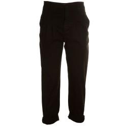 Pantaloni con pences